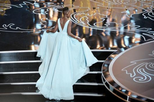 lupita-nyongo-oscar-2014-vestido-foto