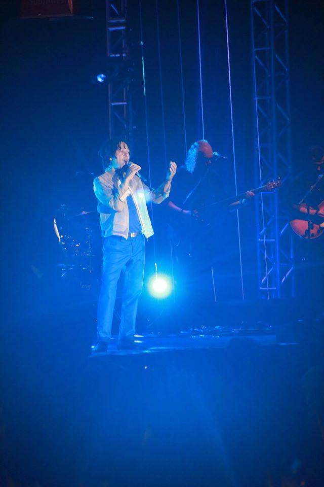 Looks in Concert Djavan 14