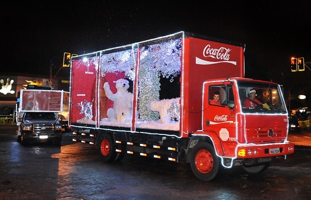 Caravana Iluminada Coca-Cola no Natal Flamboyant