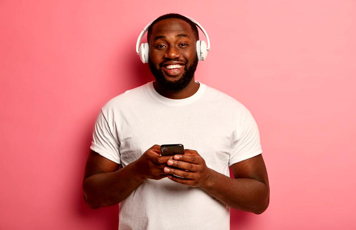 Encontre a playlist perfeita para o seu mood com o Flamboyant Shopping